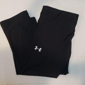 UNDER ARMOUR black 3/4 compression tights legging